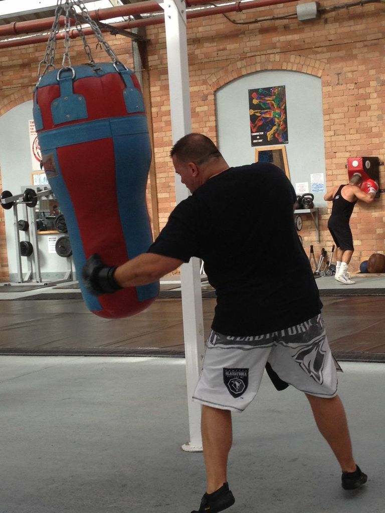 Mark Jarvis working the bag