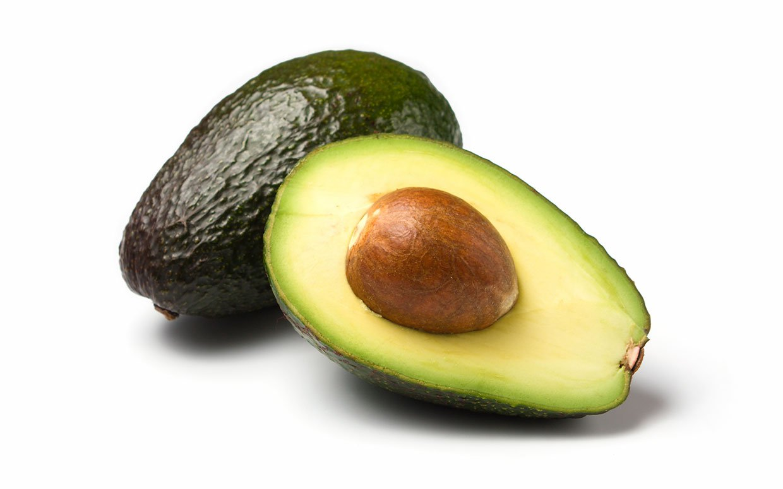 avocado-cut-in-half-ftr